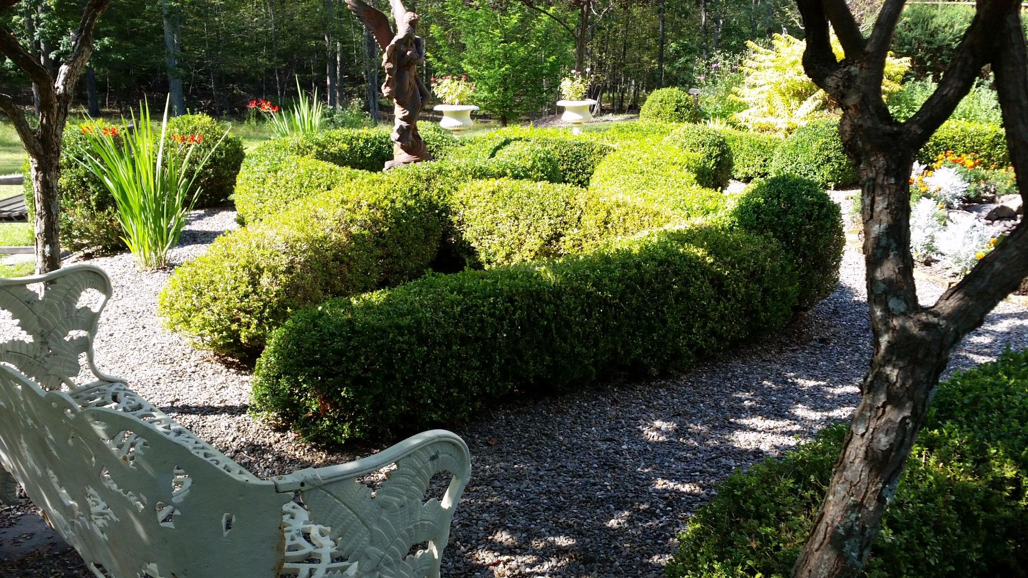 Landscape design landscape garden design in stone for Creative garden design 805